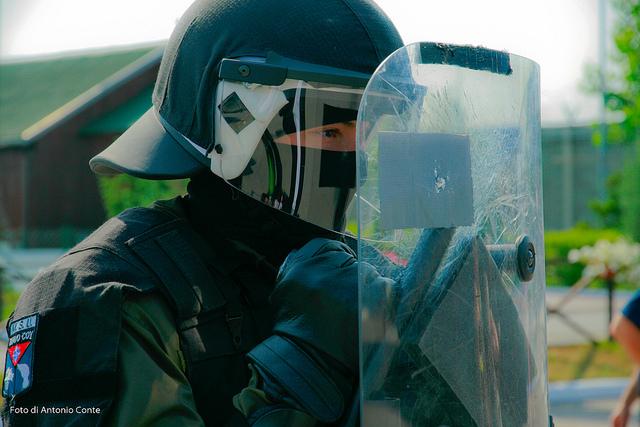 Kosovo/ MSU, i Carabinieri e l'equipaggiamento antisommossa (crc)