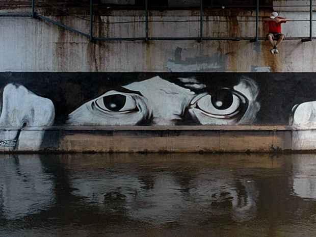 Mosca/ Street War Art. Pavel, il suo genio artistico ripercorre l'arte di Banksy (2/3)