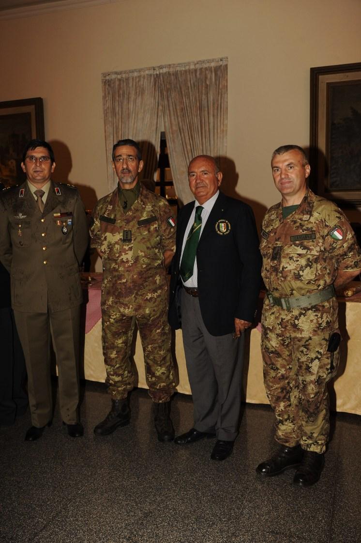 La Delegazione UNUCI , Amm.Dammicco e Ten.Cianciola con il Gen.Tarricone e Gen.Lamanna