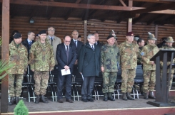 Kosovo/ Foto. Passaggio di consegne. Il Ministro De Paola e le altre Autorità