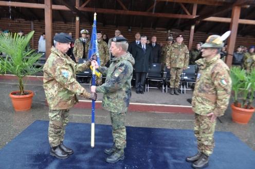 Kosovo/ Passaggio di consegne.