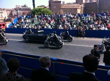 Massimiliano Ciaffi - La macchina presidenziale ha appena lasciato il Capo dello Stato