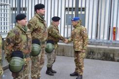 Foto 2 - Il Comandante del 1° Comando delle Forze di Difesa, Generale Danilo Errico, in visita al Centro di Identificazione ed Espulsione (CIE) di Gradisca d'Isonzo
