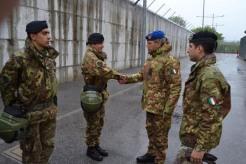 Foto 5 - Il Comandante del 1° Comando delle Forze di Difesa, Generale Danilo Errico, in visita al Centro di Identificazione ed Espulsione (CIE) di Gradisca d'Isonzo
