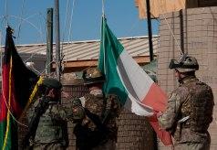Tricolore italiano ammainato