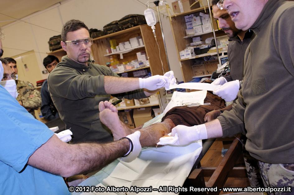 Afghanistan/ Intervento medico d'urgenza e ferite d'arma da fuoco (1/6)
