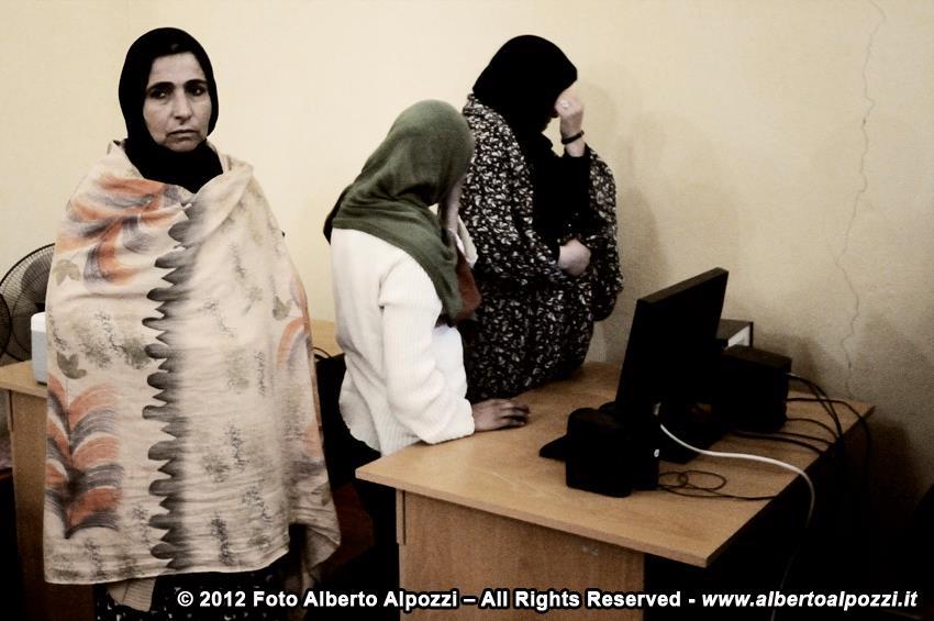 Afghanistan/ Il mercatino di Natale del carcere femminile di Herat (4/6)