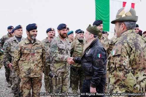 ministro della difesa Di Paola a Bala Baluk, Afghanistan
