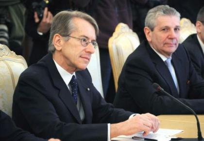 Il Ministro degli Esteri Terzi e della Difesa Di Paola