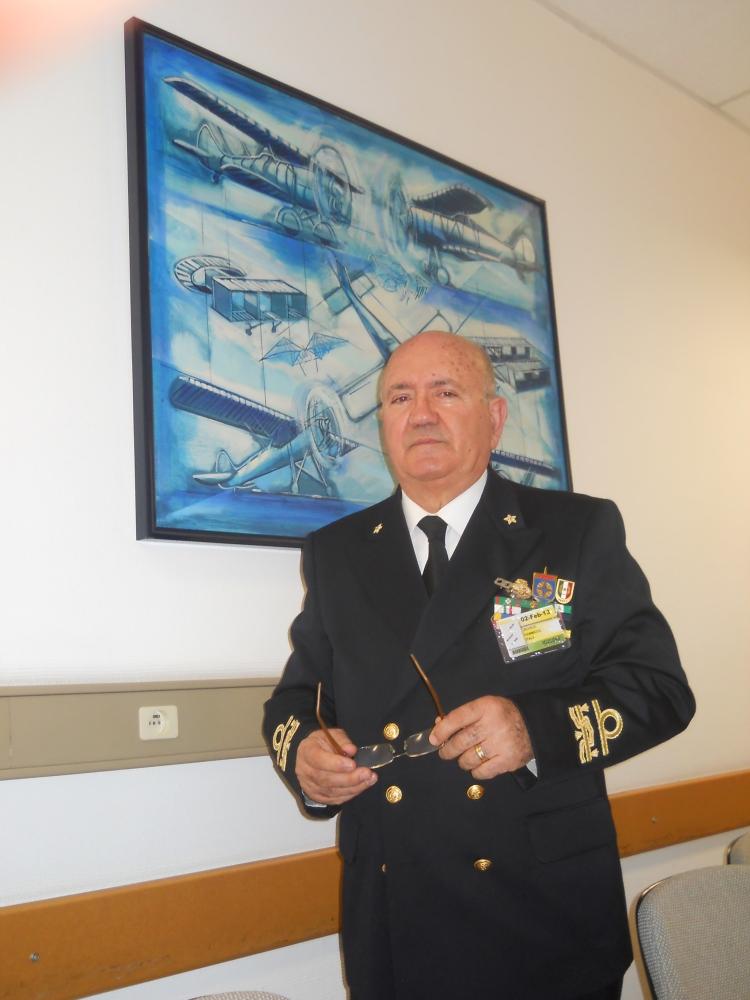 Il V. Presidente del Gruppo ANMI di Bari C. Ammiraglio (R) Michele Dammicco