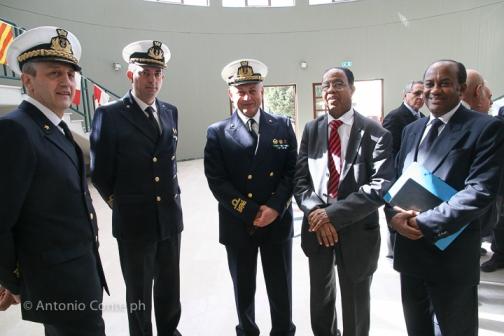 In foto: C.A. Gualtiero Mattesi, il C.A. Guido Rando, e S.E. Nur Hassan Hussein, Ambasciatore Somalo in Italia con il suo accompagnatore