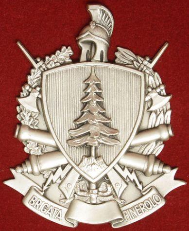 Stemma della brigata pinerolo