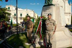 Deposizione corona d'alloro al Monumento dei Caduti di ruvo di Puglia