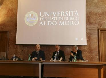 Bari, Seminario sull'Etica dell'Amm. Sq. Cristiano Bettini - Foto di Antonio Conte
