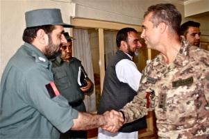 02. il capo della polizia provinciale, generale Mirwais Noorzai e il colonnello Mauro Sindoni