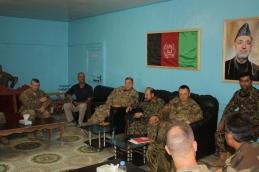 02. un momento del meeting con le forze di sicurezza afghane di Farah