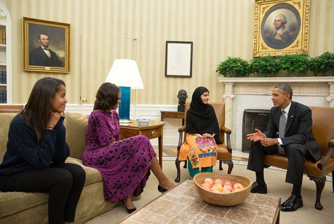 Malala Yousafzai nello studio ovale x con il Presidente Obama. 11 Oct 2013