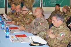 25 DICEMBRE 2013 IN LIBANO DEL SUD/ SHAMA. IL MINISTRO DELLA DIFESA IN VISITA AL CONTINGENTE ITALIANO IN LIBANO