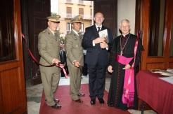 inaugurazione della mostra da sx Col. Nunzio Paolucci, Col. Mauro Sindoni, Arch. Luigi Biondo, Mons. Pietro Maria Fragnelli