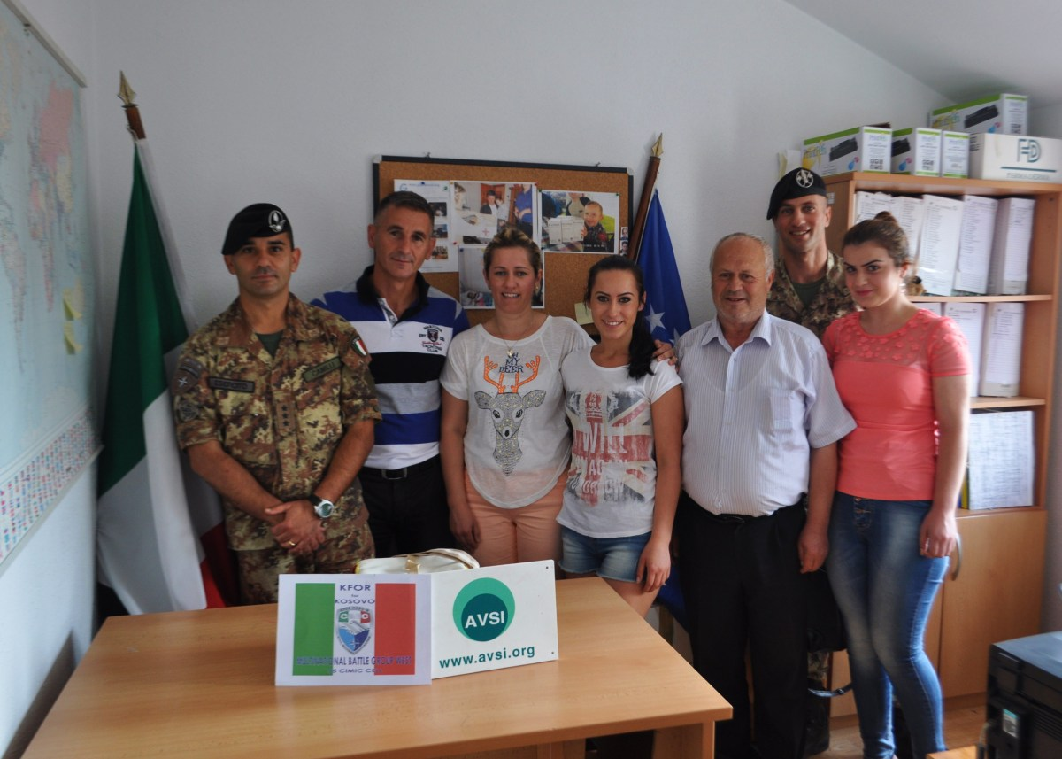 Kosovo/ Assistenza sanitaria. Il Contingente Italiano consegna farmaci salvavita
