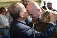 13.10.2014 ToA Unifil Sector West - On. ALFANO salutato dal Pres. delle Municipalità di Tiro (2)