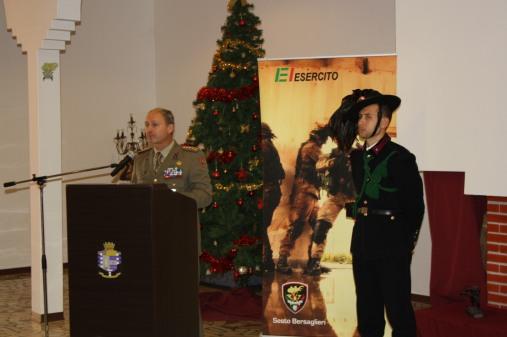 colonnello Antonino Poma presenta calendario esercito 2015
