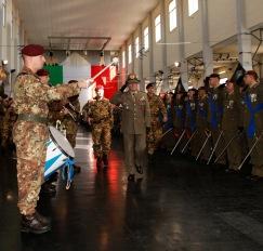 Generale di Corpo D'Armata Primicerj passa in rassegna schieramento (1)