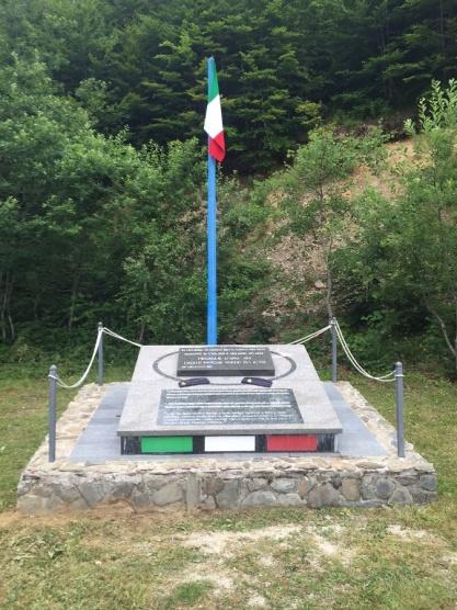 Il Monumento ai Caduti del Lyra34
