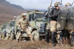 Comandante di compagnia che coordina gli assetti antisommossa