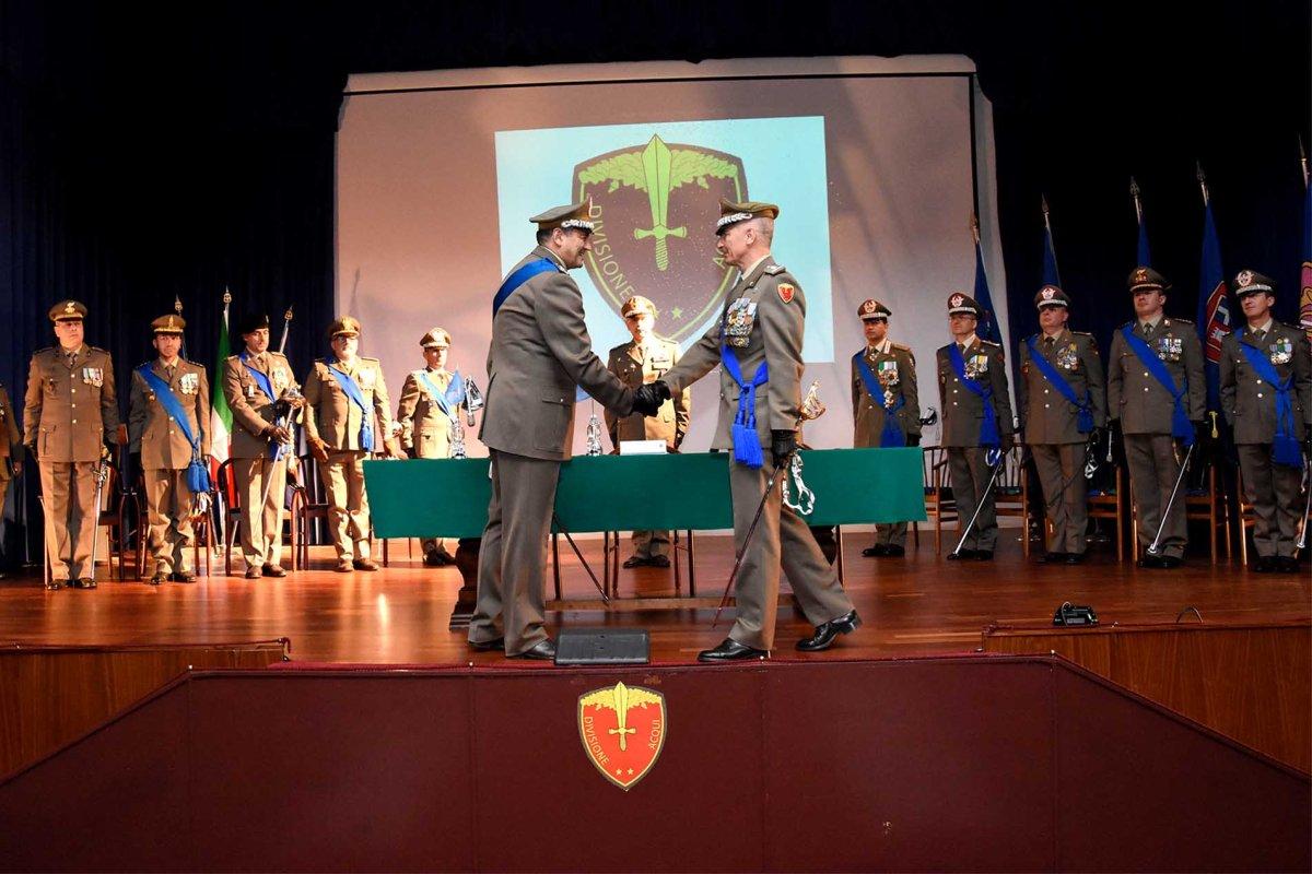 """San Giorgio a Cremano/ Cambio alla Divisione """"Acqui. Il Gen. D. Vittiglio cede l'incarico di Comandante al Gen. D. Polli"""