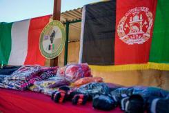 Foto 3 - panoramica materiale donato